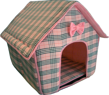 Euro style designer dog/cat house plaid pink