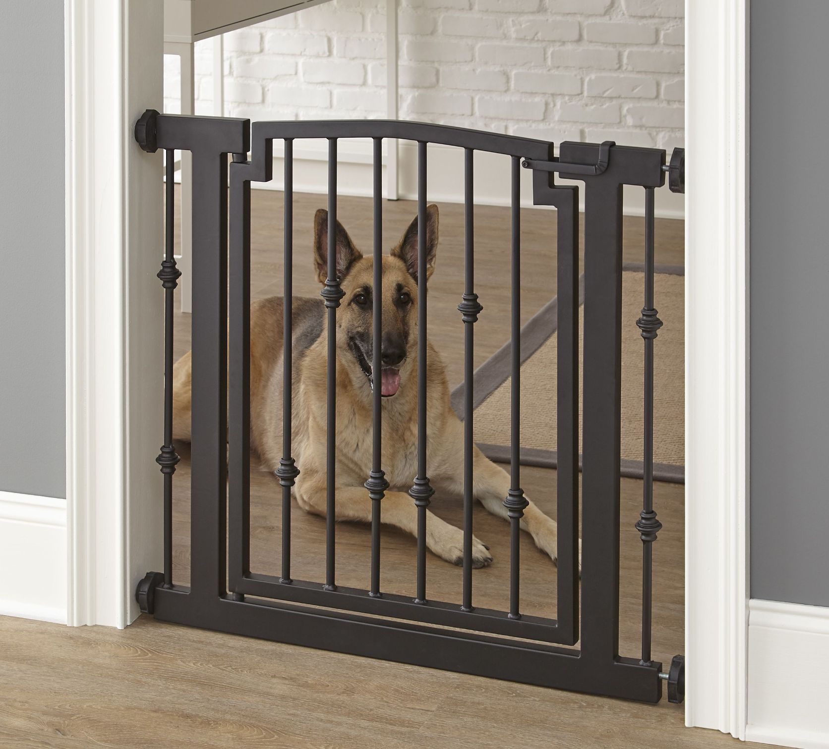 Emperor Rings Doorway Dog Gate - Mocha