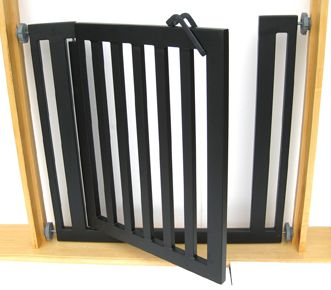 Stand alone pressure mounted dog gate