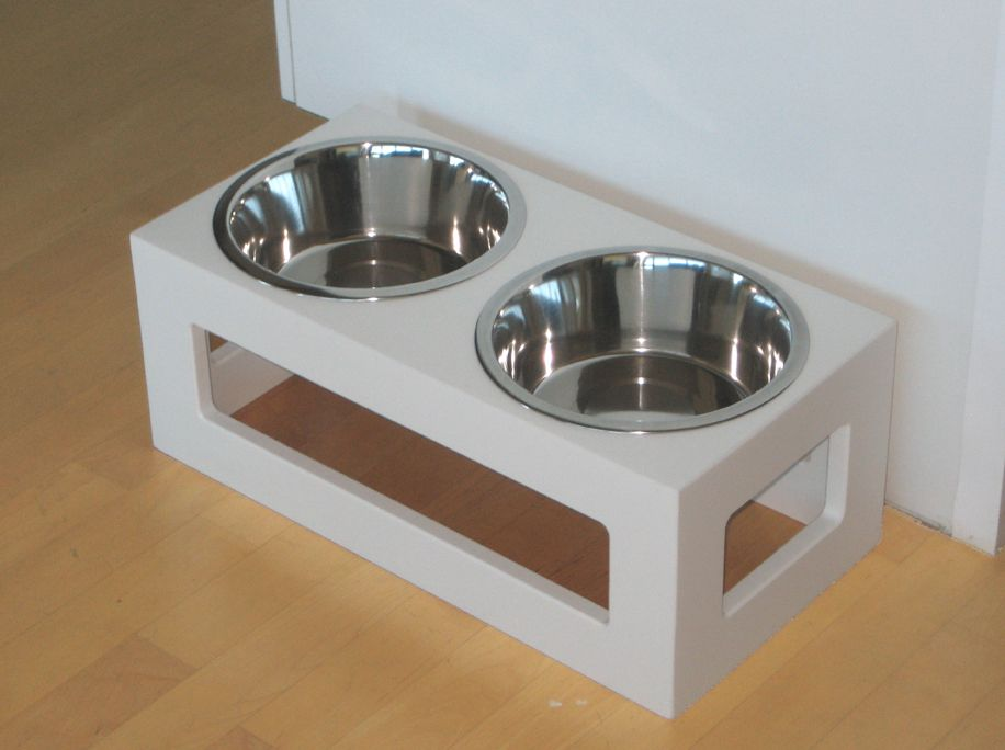 White Porchside dog outdoor double diner
