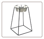 "18"" Raised Single Pyramid Dog Diner"
